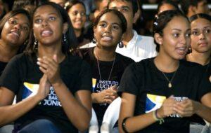 Formatura ILBJ é festejada por mais de 1.000 formandos