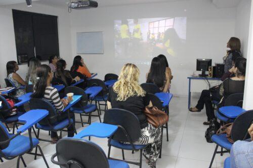 Gerente do ILBJ fala para estudantes da UNOPAR